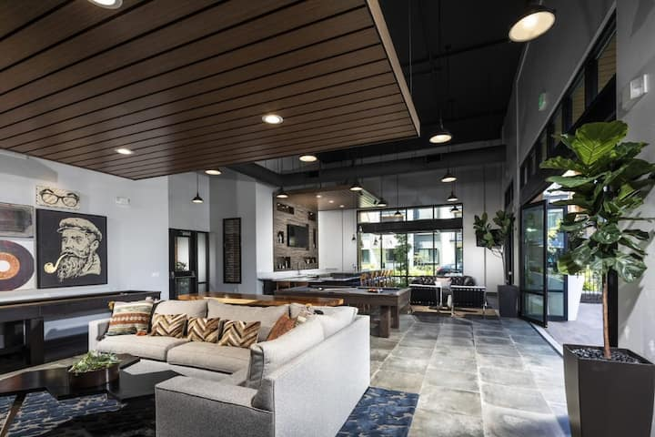 Silicon Valley Apartment with Luxury Amenities