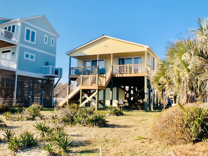 New Listing - 2nd Row Beach Home steps from the beach and park