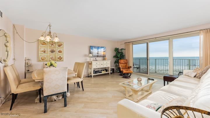 Oceanfront 1 Bedroom Condo in The Gardens Plaza - Ocean City, NJ