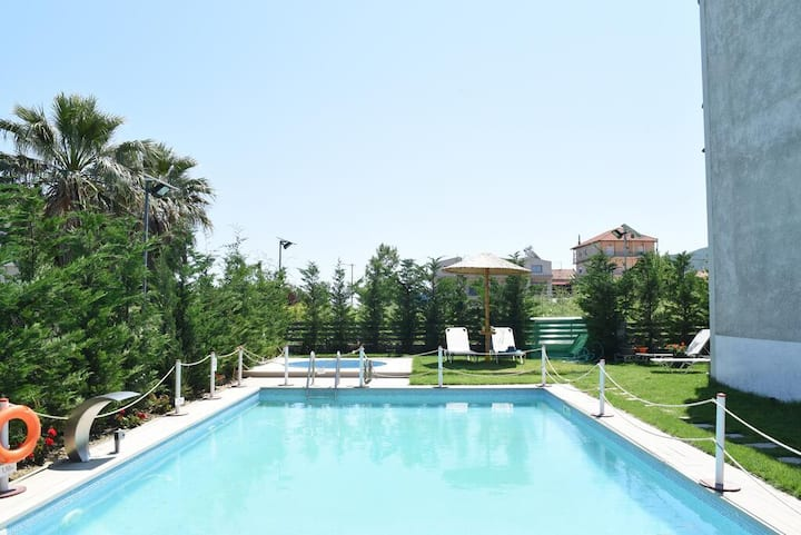 Stavros Seaside Retreat-Family Suite with Pool