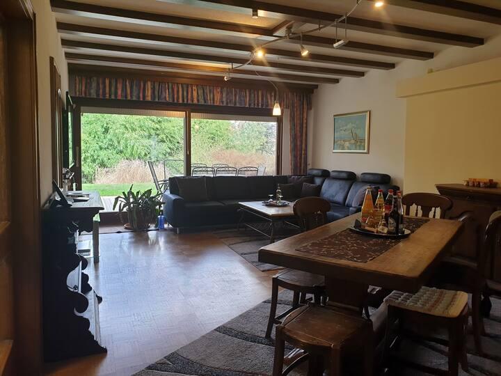 * * * * * Suite 11, überdachte Terrasse, Parkblick / Angebot 5 Nächte #11