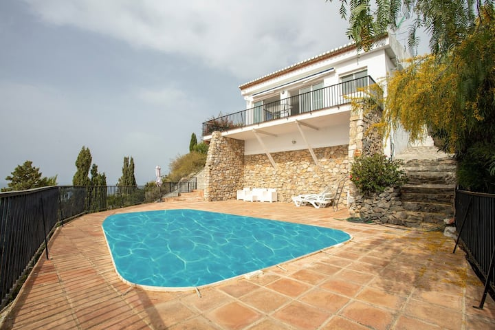 Sea-view Holiday Home in Salobrena with Private Pool