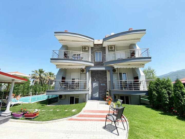Stavros Seaside Retreat-Double Suite with Pool
