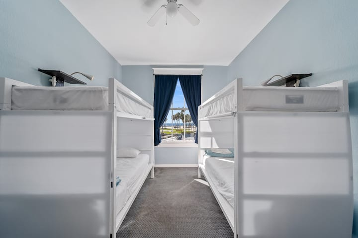 Beachfront Bed in Hostel