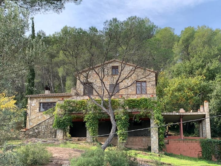 Catalunya Casas: Nurture AND Nature for 13 guests, only 15 km from Barcelona!