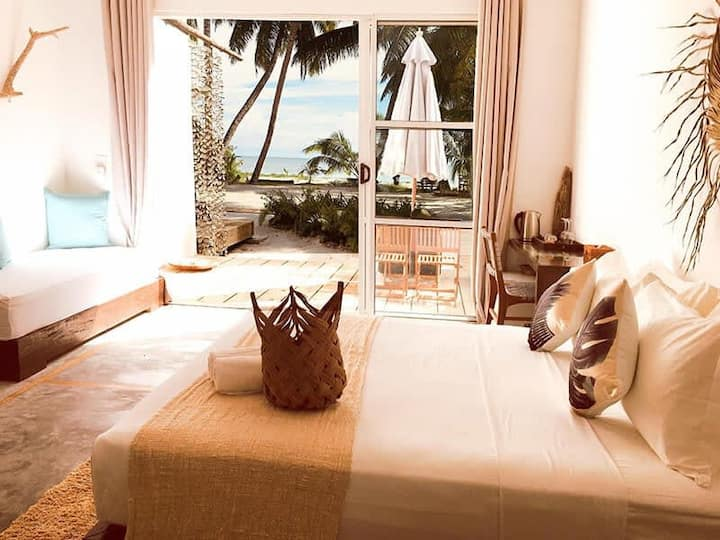 Luxurious Room With Breathtaking Sea View