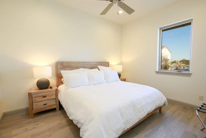 Bedroom 5 - King Bed (Sleeps 2; First Floor)