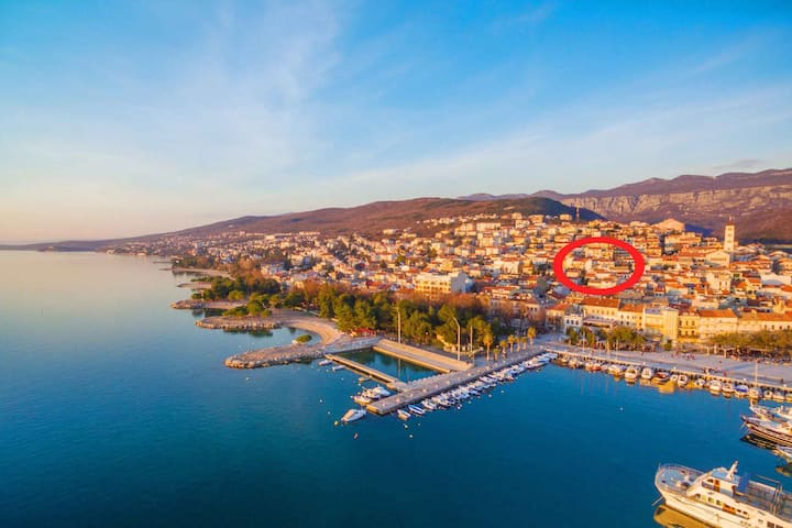 apt for 4 pers with WLAN in Crikvenica R102603