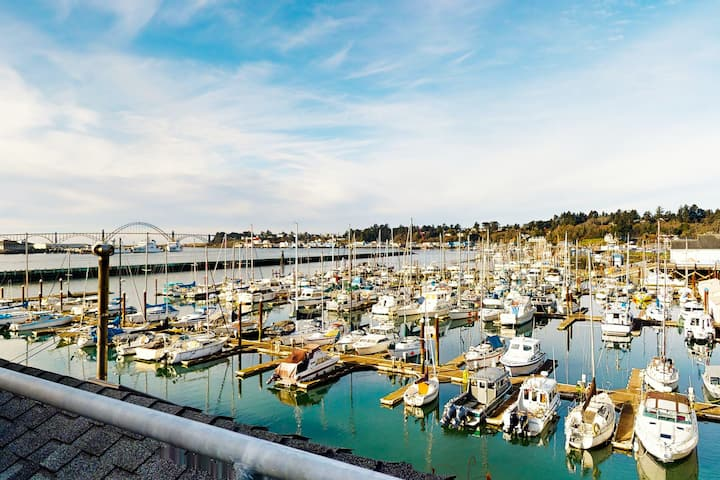 Ideal Getaway on the Water W/ Private Balcony, Cozy Layout, & Free WiFi!