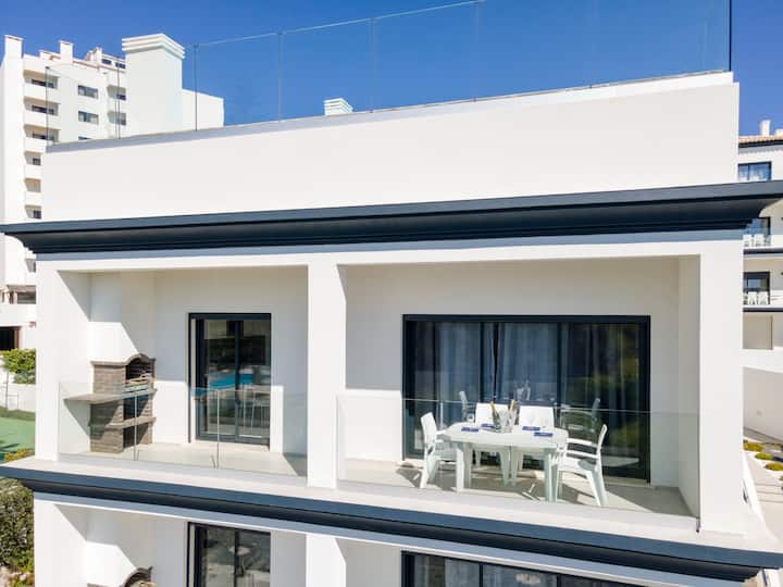 Correeira Luxury Residence T2 (i)ndia) - Albufeira, Pools, Wifi, Bbq, Beach