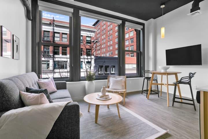 Trendy & Spacious Suite | Walk to Riverfront Park!