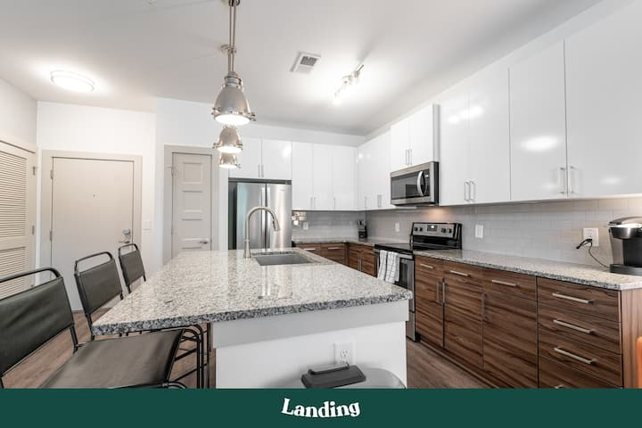 Landing | Modern Apartment with Amazing Amenities (ID275600)