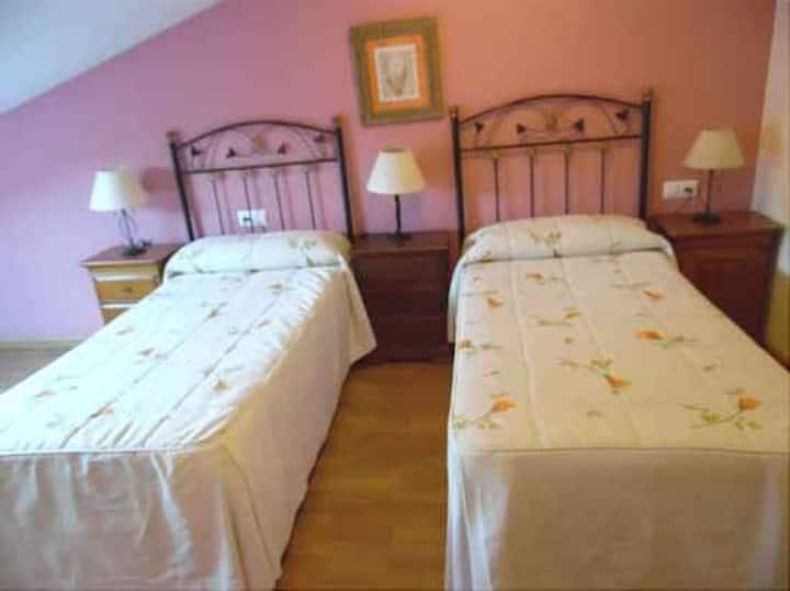 Casa Videira - Dos camas de 90 abuhardillada