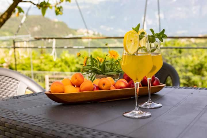 Holiday Apartment Casa Federico Monte with Mountain View, Wi-Fi, Garden & Balcony; Parking Available