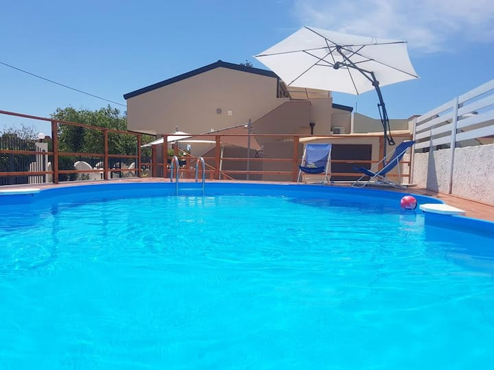 Villa with 2 bedrooms in Granelli, with private pool, enclosed garden and WiFi - 100 m from the beach