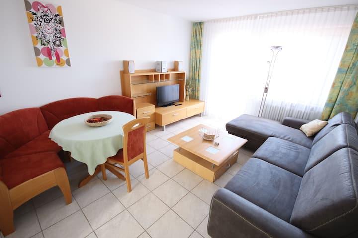 Appartements Biedermeier, (Bad Krozingen), Ferienwohnung 20, 55qm, 2 Schlafzimmer, max. 5 Personen
