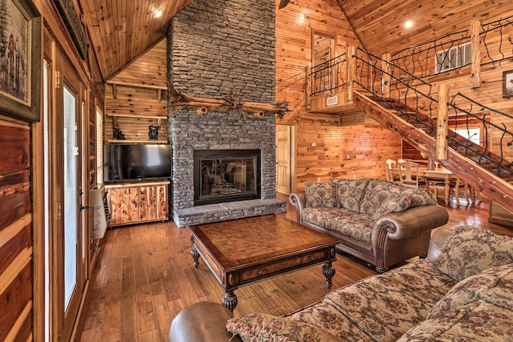 NEW! 'Marfly Retreat' - Remote White River Getaway