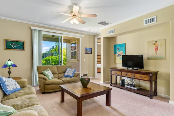 Luxury 2 bedroom, 2 bathroom condo. Very close to the pool at Waikoloa Beach Villas