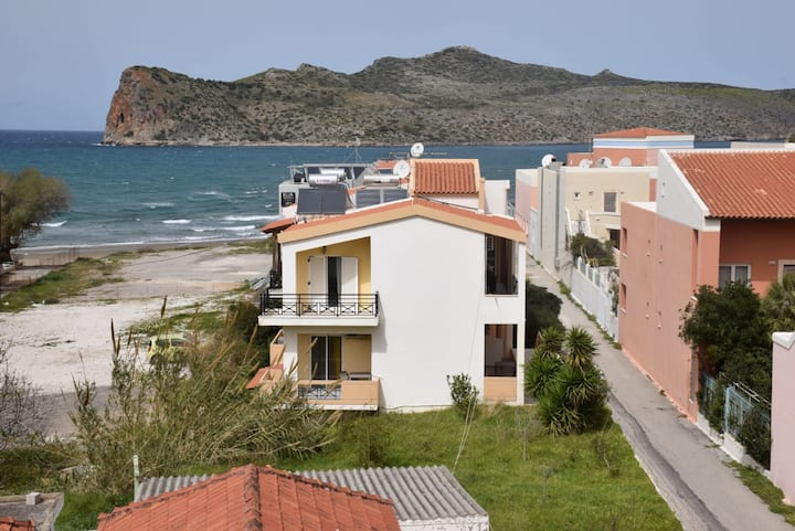 Manos Beachfront Apartments | Apartment N4