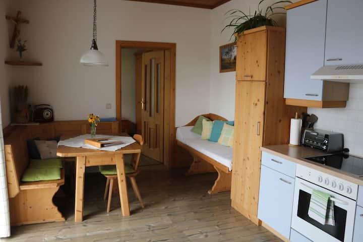 Urlaub am Bauernhof Familie Haunschmid (Ardagger), Ferienwohnung Ötscherblick (60 qm) mit eigenem Eingang