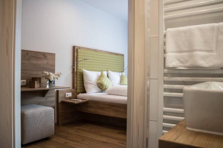 Flussbett - Dirndltaler Schlafgenuss (Kirchberg an der Pielach), Doppelzimmer mit Klimaanlage