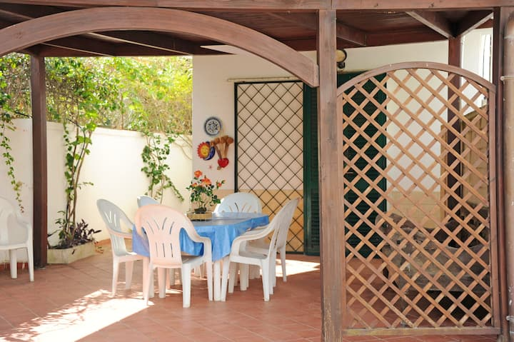 House with 3 bedrooms in Baia Verde - 100 m from the beach