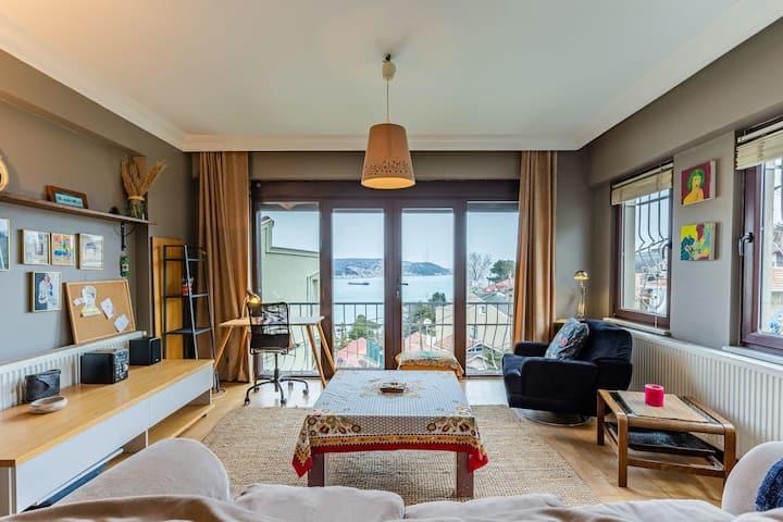 Stylish 1 BR Apartment with Splendid Bosphorus View in Peaceful Sariyer