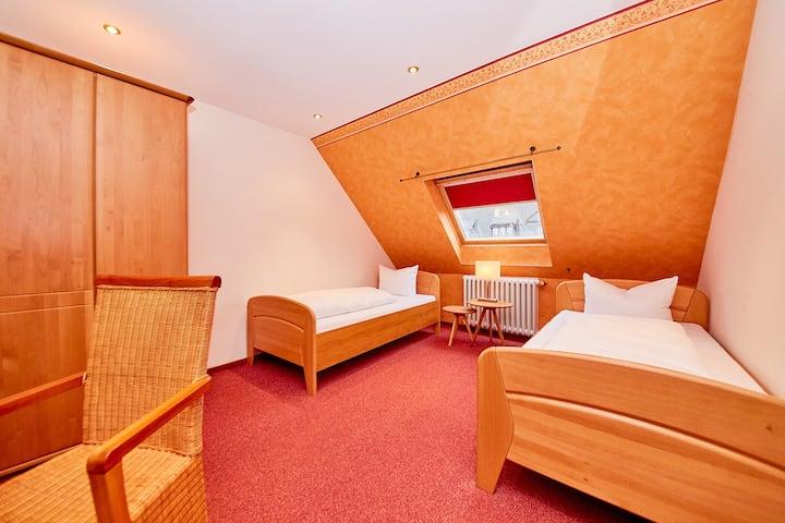 Zweibettzimmer im Hotel Hochwaldcafe