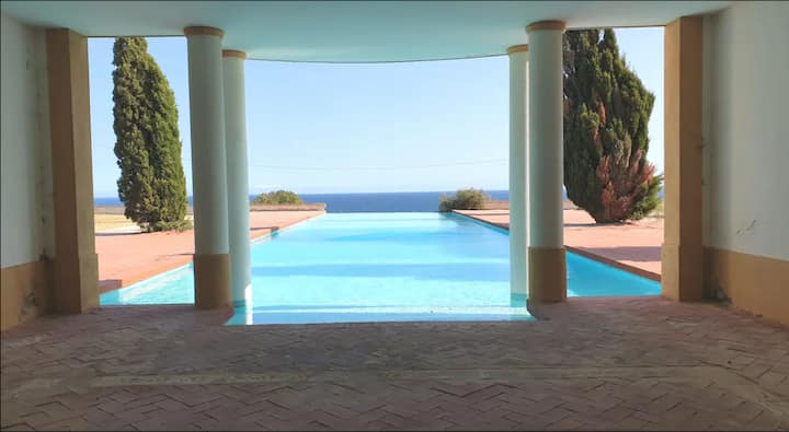 "Beautiful Villa ""Vila Hibiscus"" with Sea View, Pool, Wi-Fi, Garden & Terrace; Parking Available"