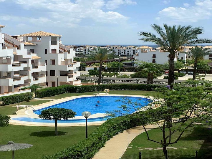 VenAVera A-J43A - 2Bedrooms/2Baths 250m from the Beach WIFI