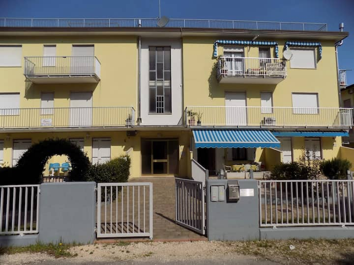 house for 4 pers with a/c in Eraclea Mare R80458