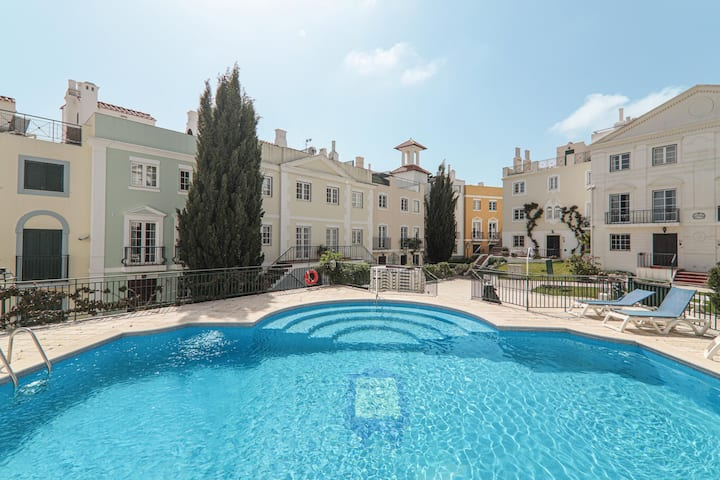 Vacation Home Old Village Vilamoura with Pool, Wi-Fi, A/C & Garden; Parking Available