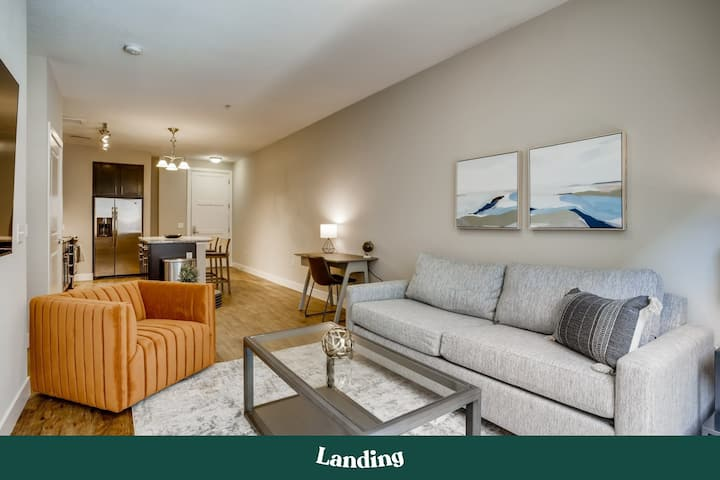 Landing | Modern Apartment with Amazing Amenities (ID5139)