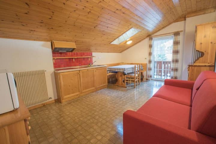 Holiday Apartment Casa Lorenz 4 with Mountain View, Wi-Fi and Garden; Parking Available