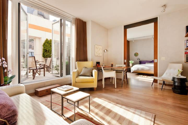 Sonder | Chambers | Deluxe Suite + Private Terrace