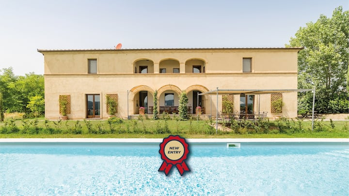Villa Fragranza, in the Heart of Val D'Orcia