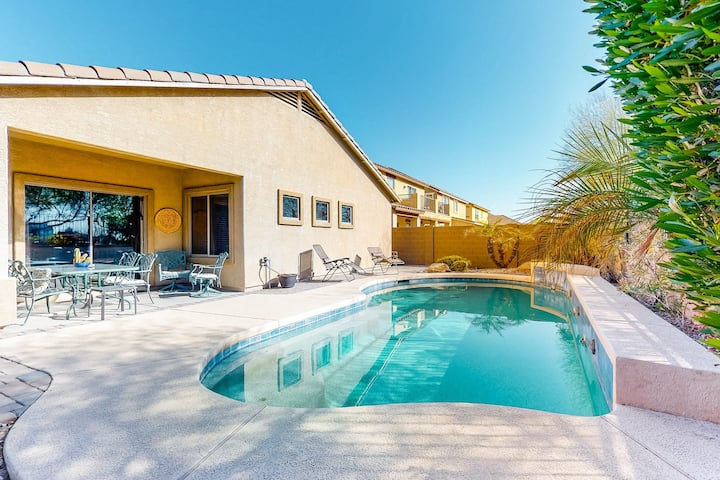 Dog-Friendly Home with Private Pool with High-Speed WiFi - Snowbird Friendly!