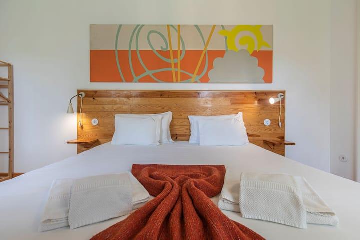 Casa da Estefânea Guesthouse - Superior King Bedroom II by LovelyStay