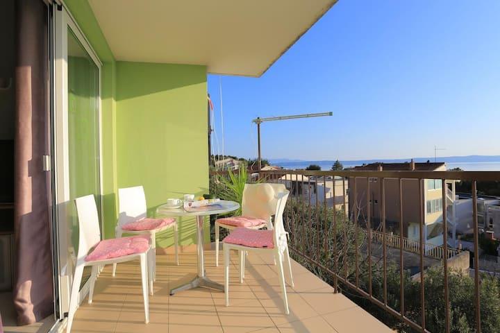 Two bedroom apartment with terrace and sea view Podgora, Makarska (A-16630-a)
