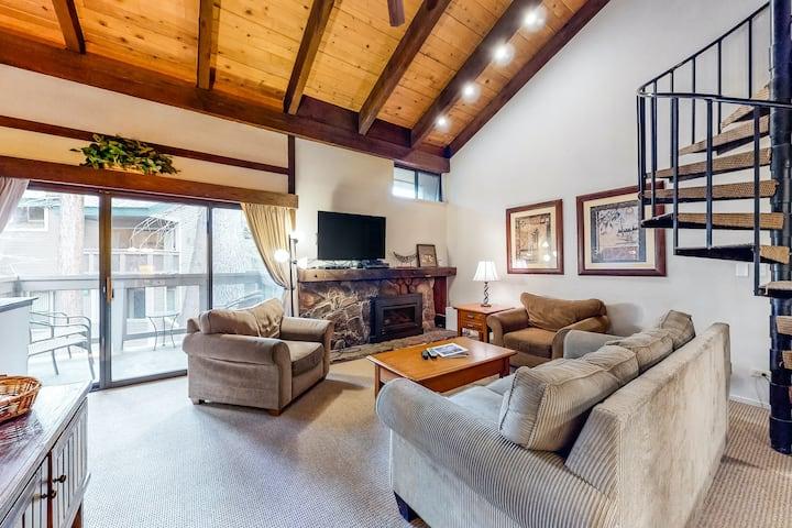 Three-Story Condo + Loft w/Free WiFi, Gas Fireplace, Shared Pool, Hot Tub, & W/D