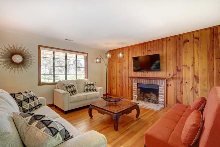 The Holt Manor - Charming Ranch Home in Gordonston