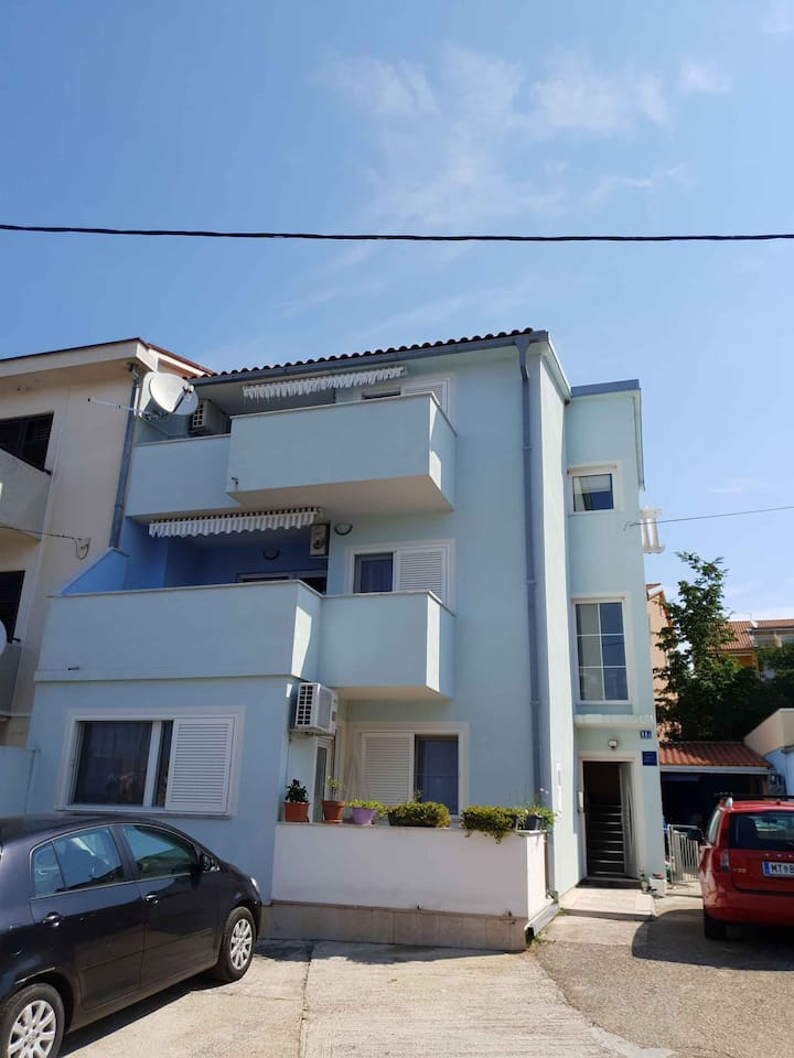 apartment for 5 persons in Jadranovo R107055