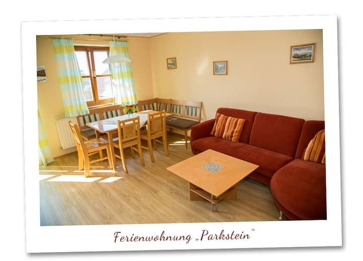 Scheidlerhof (Theisseil), Ferienwohnung Parkstein (62qm) mit Balkon