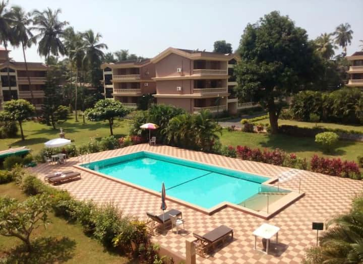 Tranquil 2BHK  Luxury with Pool Near Beach - Candolim