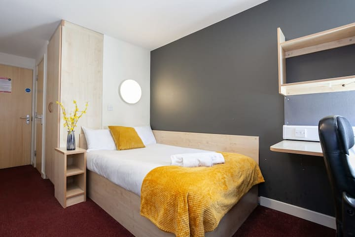 Great Ensuite rooms in the heart of the city!