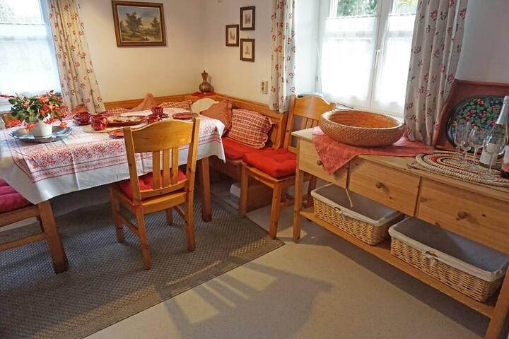 Anita's Ferienwohnung (Windorf), Ferienwohnung mit Terasse und Blick auf die Donau