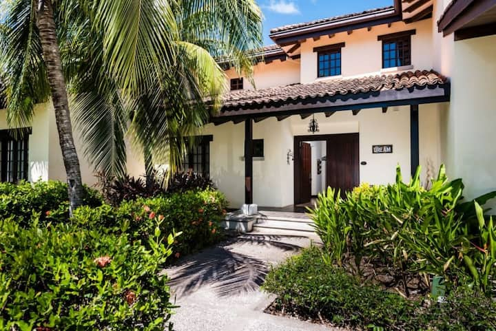 Dream house in prestigous Hacienda Pinilla