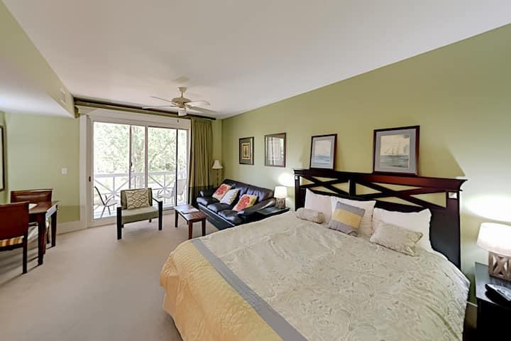 Exceptional Vacation Home at LaSata: Pool, Gym & Hot Tub