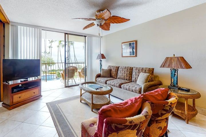 Kanai a Nalu Condo Near Great Beaches and Waves w/ Shared Pool, Private W/D