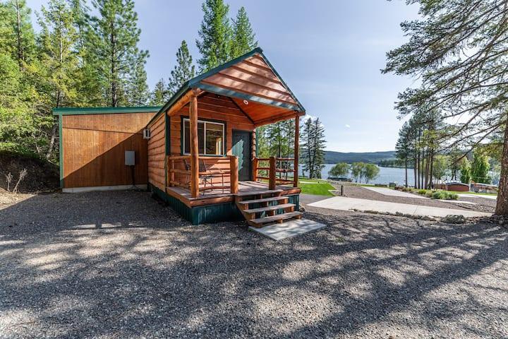 Fisherman's Cove-Charming One Bedroom Lake Views